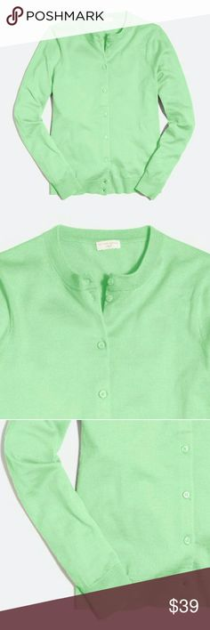 ❤ NWT J. Crew Cotton Caryn cardigan sweater xxs Color green... in person color looks more darker than this picture. See last 2 pictures from my camera.   Cotton. Hits slightly below hip. Long sleeves. Machine wash. Import. Item E5957. J. Crew Sweaters Cardigans