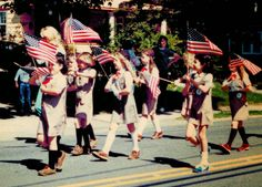 Girl Scout Blog: Celebrate Memorial Day the Girl Scout Way!