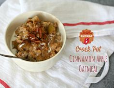 Crock Pot Cinnamon Apple Oatmeal | Slow Cooker Sunday | TodaysCreativeBlog.net