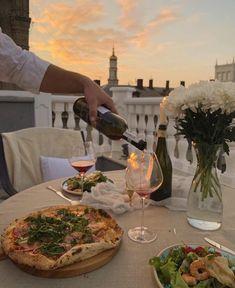 Summer Aesthetic, Travel Aesthetic, Aesthetic Food, European Summer, Italian Summer, Good Food, Yummy Food, Cravings, Delish