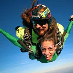 Imagine jumping from an airplane at feet and soaring through the air for 60 seconds at during this Tandem Skydiving experience near Houston! Birthday Woman, 50th Birthday, Birthday Ideas, Nepal Mount Everest, Rock Climbing Gear, Photo Packages, Hang Gliding, Bungee Jumping, Mont Blanc