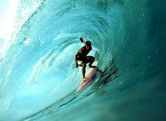 Surf Shirt für Herren & beste Surf-Spots in Europa | Fashion Label & Lifestyle Magazin
