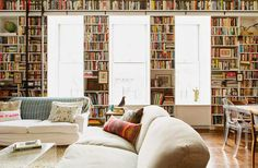 {BLACK. WHITE. YELLOW.}: Brooklyn Heights Loft | Ensemble Architecture - ALL OF THE BOOKS