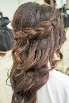 27 Chic And Easy Wedding Guest Hairstyles Wedding guest