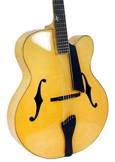 Benedetto Guitars Cremona 18""