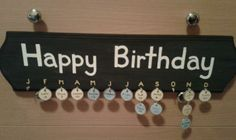 What a unique idea to keep track of everyone's birthdays. Just use Avery metal rim tags, write the person's name and day. Then hang. Great for the classroom!