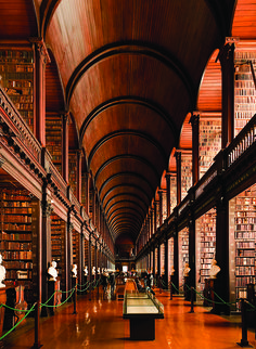 A most beautiful library indeed: Trinity College Dublin Library, built in 1592 (via fast co design) Dublin Library, College Library, Library Books, Oxford Library, Dublin House, Photo Library, Beautiful Library, Dream Library, Trinity College Dublin