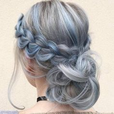 40 Chic Messy Updos for Long Hair Pastel Blue Braid and Low Bun Best Ombre Hair, Ombre Hair Color, Messy Updo, Curly Bun, Bun Updo, Ponytail Haircut, Bun Braid, Fishtail Braids, Silver Grey Hair