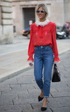 Linda Tol during Milan Fashion Week