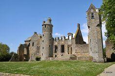 Château de Gratot - Manche - Basse Normandie - ruines