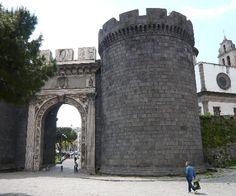 Porta Capuana di Napoli