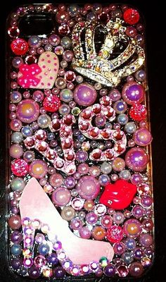 Victoria's Secret iPhone Case, I want this so baddd ive looked for them at their stores cant find this one