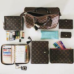 snap chat  ogg.madieee pinterest  goldeinee Más Louise Vuitton Handbags, Louis  Vuitton 38f1a6ec339