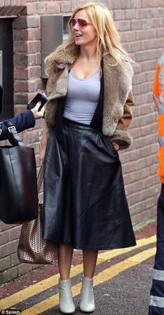How to wear a long leather skirt | Style is forever | Pinterest ...