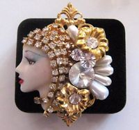 Vintage Brooch Pin Woman's Face Clear Rhinestone Gold tone Jewelry lot l