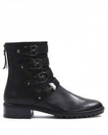 #JeanPaulFortin #Chaussures #Shoes Biker, Shoes, Fashion, Cold Weather, New Shoes, Boots, Zapatos, Moda, Shoes Outlet