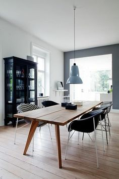 Dinertable kitchen