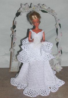 Crochet Fashion Doll Barbie Pattern 480 by JudysDollPatterns Barbie Wedding Dress, Barbie Gowns, Barbie Dress, Doll Dresses, Barbie Clothes Patterns, Crochet Barbie Clothes, Dress Patterns, Barbie E Ken, Barbie Doll