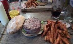 Burger premiat, ramen cu stele Michelin, bezele uriase si la sfarsit putin shopping