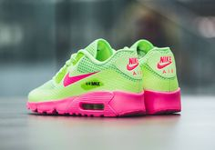 Nike Junior Air Max 90 BR Ghost Green Pink Blast Junior Trainers