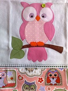 cover for Ani's quiet book? Applique Towels, Owl Applique, Applique Quilts, Embroidery Applique, Machine Embroidery, Owl Patterns, Applique Patterns, Applique Designs, Quilt Patterns