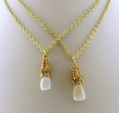 Items similar to Gold Capped Canine Real Human Tooth Pendant Necklace on Etsy Weird Jewelry, Body Jewelry, Unique Jewelry, Dental Jewelry, Ring Necklace, Pendant Necklace, Human Teeth, Gold Caps, Piercings