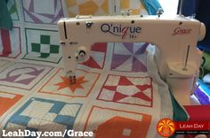 This week is decided to change up our usual Sit Down Quilting Sunday and finally share an official sewing machine. Sewing Machines Best, Sewing Machine Reviews, Sewing Blogs, Easy Sewing Projects, Longarm Quilting, Machine Quilting, Quilting Tutorials, Sewing Tutorials, Best Model