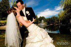 LIMPIEZA DE VESTIDOS DE NOVIA  Lavamos y planchamos vestidos de novia y fiesta, expe ..  http://santiago-city-2.evisos.cl/limpieza-de-vestidos-de-novia-id-610711