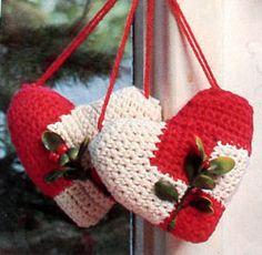 Crocheted Heart Sachets. Vintage free pattern
