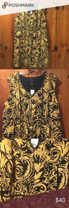 Minidress w/ Pockets NWT - Beautiful Gold & Black scroll print dress with faux leather detailing, pockets and princess seams. This dress looks super sassy paired with a leather Moto jacket and boots. Great addition to any wardrobe. Size 22 from Lane Bryant. Lane Bryant Dresses