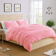 Shop for Sweet Jojo Designs Pink Boho Faux Fur Queen-size Duvet Comforter Cover Bedding Set - Fuzzy Plush Shaggy Fluffy Luxury Teen. Get free delivery On EVERYTHING* Overstock - Your Online Fashion Bedding Store! Full Size Comforter Sets, Bedroom Comforter Sets, Pink Bedding Set, Pink Comforter, Queen Size Duvet, Fluffy Bedding, Comforter Cover, Duvet Cover Sets, Duvet Sets