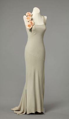 The Me I Saw   Evening dress, 1937, Britain.