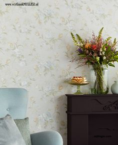 Wallpaper/behang  TRIANON