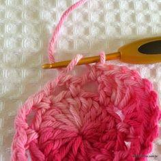 Flor roseta passo a passo - www.croche.com (17)