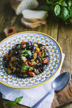 Melanzane a funghetto: Uno dei miei #contorni preferiti: le #melanzane a #funghetto sono perfette per accompagnare un secondo piatto o crostini croccanti!