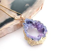 Large Druzy Geode Necklace - Purple Mauve Hollow Center Druzy Pendant - Crystal…