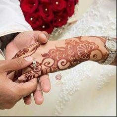 Henna Designs Feet, Modern Mehndi Designs, Mehndi Designs For Girls, Beautiful Henna Designs, Latest Mehndi Designs, Mehandi Henna, Hand Mehndi, Mehendi, Hand Makeup
