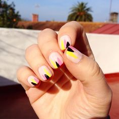 #nailart #triangles