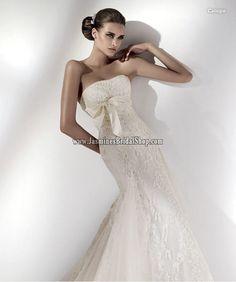 Caliope Bridal Gown (2011) Designer Bridal Inspirations Pronovia Jasmine's Bridal Shop - Wedding Dress, Cocktail Dress, Bridal Accessories