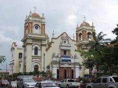 Die Kathedrale in San #PedroSula. San Pedro Sula ist nach Tegucigalpa die zweitgrößte Stadt in #Honduras mit etwa einer Million Einwohnern.
