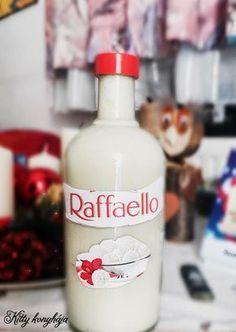 A legjobb likőr receptek egy csokorban összegyűjtve Diy Christmas Presents, Christmas Drinks, Cocktail Drinks, Alcoholic Drinks, Cocktails, Beverages, Homemade Liquor, Homemade Gifts, No Salt Recipes