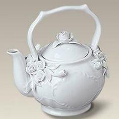 Bridal Tea Party White Wedding Tea Porcelain Victorian Teapot Teacup Tea for One Tea For One, My Tea, Victorian Teapots, Vintage Teapots, White Tea Cups, Teapots And Cups, Teacups, Tea Cup Saucer, Vases