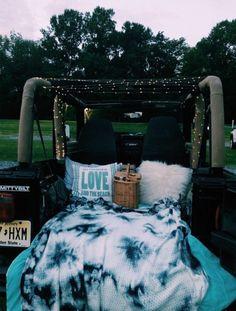 Mail - Anitsirhc X - Outlook - jeep jeep - Summer Nights, Summer Vibes, Summer Fun, Fun Sleepover Ideas, Cute Date Ideas, Dream Dates, Summer Goals, Summer Bucket Lists, Summer Aesthetic