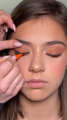 Nose Makeup, Smokey Eye Makeup, Eyebrow Makeup, Eyeshadow Makeup, Maquillage On Fleek, Makeup Order, Eye Makeup Designs, Makeup Tutorial Eyeliner, Retro Makeup