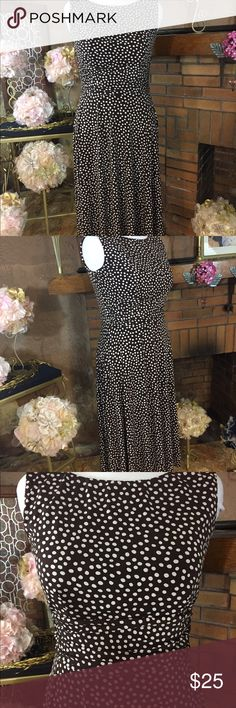 Perceptions New York brown polka dot dress sz 10 Perceptions New York brown polka dot dress sz 10 with stretch. 42 inches long from under the arm. 95% polyester and 5% spandex. Previously owned. Dress has stretch. Please check out all pictures for best description of the items. Ask me any questions and happy shopping. Perceptions New York  Dresses Midi