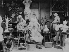 Taller parisino del artista Henri Godet (1900 circa)