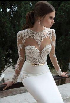 PERFECT Reception dress