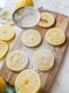 Amazing lemon cookies with very thin slices of REAL lemon topping the sugar cookies to provide intense lemon flavor. Amazing lemon cookies with very thin slices of REAL lemon topping the sugar cookies to provide intense lemon flavor. Lemon Desserts, Lemon Recipes, Just Desserts, Cookies Decorados, Cookie Recipes, Dessert Recipes, Lemon Sugar Cookies, Lemon Cupcakes, I Am Baker