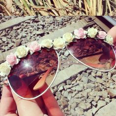 DIY FLORAL SUNNIES FOR COACHELLA Tutorial on www.youtube.com/hellomaphie