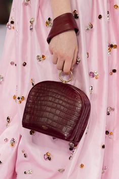 Mulberry at London Fashion Week Spring 2018 - Details Runway Photos